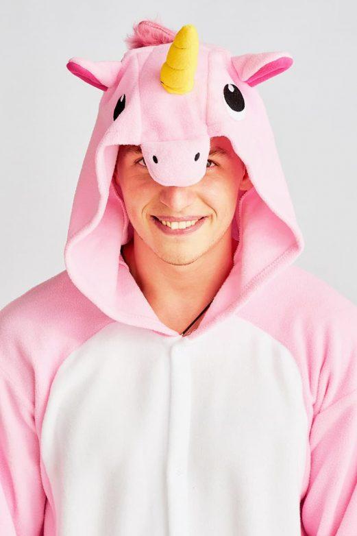 розовый единорог мужской